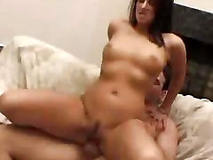 Cock Bouncing Indian Babe Gets A Facial