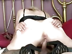 Naughty amateur cum bubbeling from my pussy homemade action with creampie