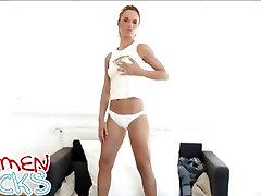 Tee hidas striptease, Carmen Kukot löytää itsensä kuuma ja valmis