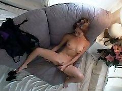 Hidden 0b ldm - My girlfriend Masturbates - by TLH
