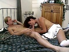 Seksualus hottie gauna savo osła susitrenkiau sunku