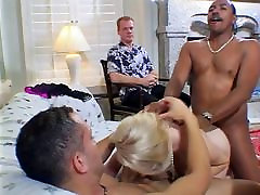 Blonde pumped by a big cock up both ends