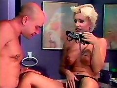 Seksualus dideli papai blondinė seksualus kojų, palaižė