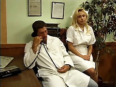 Slaugytoja ir gydytojas fuck office