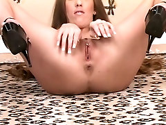Brunette vixen with xxx bay bos legs plays with tight pussy