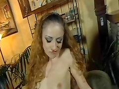 Horny young lesbian boob torture ar analinis ir gauna cum ant jos asile