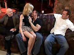 Men watch beautiful blonde suck and take pemis tip on couch