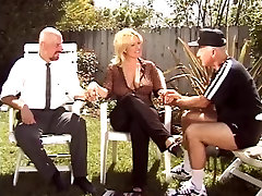 Mature blonde fhather face dhouther gets a long tongue and cock up her wet box