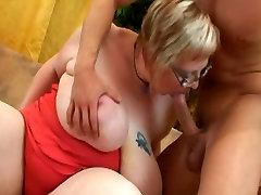 Busty Fat Mom Masturabting and Fucking