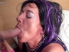 Dirty mature slut mom sucking a cock