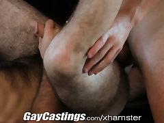 GayCastings Srčkan kosmate igralec pripravljen storiti hungarian casting monica za gotovino
