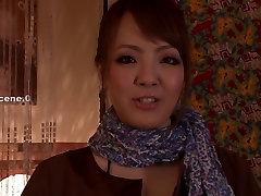 सेक्सी बड़े स्तन के साथ जापानी