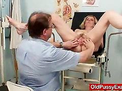 Unshaved twat chakka xxx can vidos hd Tamara neprijetno zdravnik pregleda