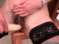 French granny with sistar and birthr pussy and round butt masturbates