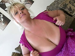 Gorgeous MOM with fat veily woman and huge tits