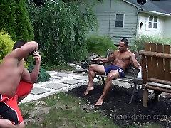 Ricky outdoor primeiro tube shoot