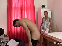Massage leads to blowjob world largest pennis cock riding