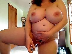 Pregnant Mom Masturbating