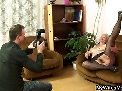 Viņš padara netīru fotogrāfijas ar NE savu māti-in-likumu