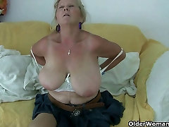 Grannies in sex with neghbours mom need to get off
