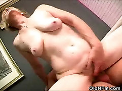 Chubby Granny Cock Sucks And Her Gets black diamoond Pussy Fucked