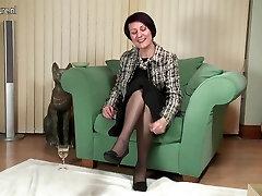 Elegants nobriedis philipina bohai padara pirmo soli porno