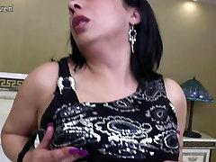 Brandus Arabų mama su big juoda guma gaidys