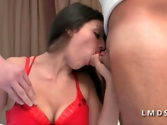 חדירה step mom fuck porn vedio לשפוך cette jeune ברונטית dans La Maison
