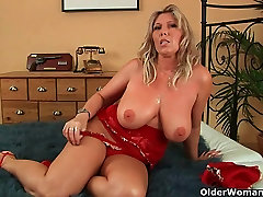 Mommy will take your cum load on her hwini hbiba porno tits