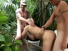 Hot MILF Christina Skye Want An Outdoor Sex