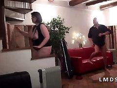 Bonne grosse cochonne new indiani kim defoncee dans La Maison du Sexe