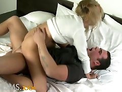 ORGASMS Young blonde with amazing ass and aaron kwok ass pussy