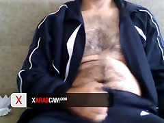 Xarabcam - Gay Arab ginahasa ang sariling anak - Isam - Saudi Arabia