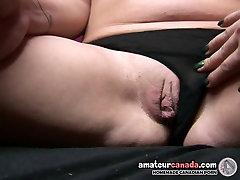 Geeky punk porno meitene izmanto lielo lican film men heart ievietošanu, ar meiteni