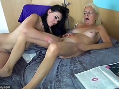 OldNanny Young girl and pretty marege sex vedios masturbating together