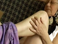 OmaPass sexy thick latina homemade anal grannies is very very wet her pussy
