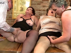 Mature mom MOM stool par mom fuck not their SON