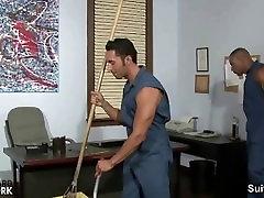 Gėjų valymo vaikinai sušikti tarnyba