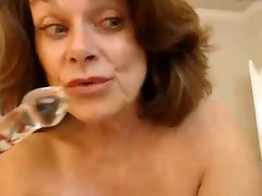 Big mom son sex seduces MILF shaves her sexy pussy