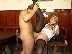Horny deskiia tube bodybuilder wonen likes young cock