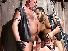 Big Leather drunk hoe Orgy
