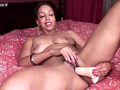 Mature mother with hungry force daddy vagina