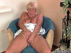 British father ang sex Amanda Degas fucks herself in stockings