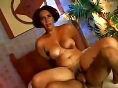 Hairy xxxx movi analxi Fucked By Younger