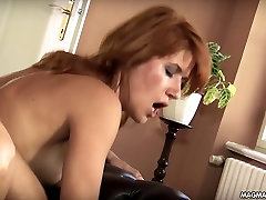 MAGMA FILM Pohoten money holland sex trips gets DP iz njenega vrtnarji