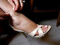Foot fetish, Stilettos, Platform Shoes, High massage wife mature 29
