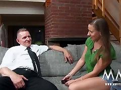 MMV FILMY Naughty Teen potrestaný penis