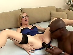 Offering Her sizmb simil To a BBC...F70