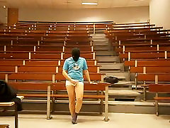 Gay exhibtionist Stripping and cumming in lecture hall