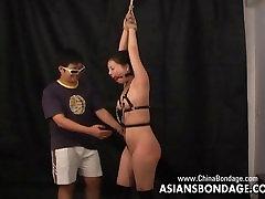 Privalomas Azijos kekše gauna savo kojos užrakinta